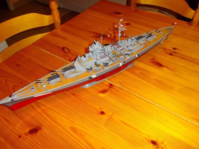 """Battleship """"BISMARCK"""" 1/350 Revell - Page 2 11-3cd2d3d"""